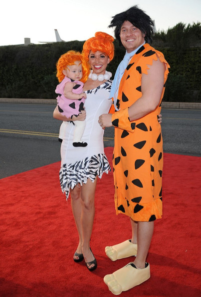 celebrities in halloween costumes meet the flintstones - Halloween Flintstones