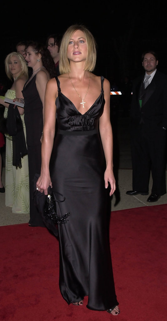 © BAUER-GRIFFIN.CREDIT:AXELLE. THE PEOPLE'S CHOICE AWARDS. PASADENA CA. CIVIC AUDITORIUM JAN 07 01...JENNIFER ANISTON