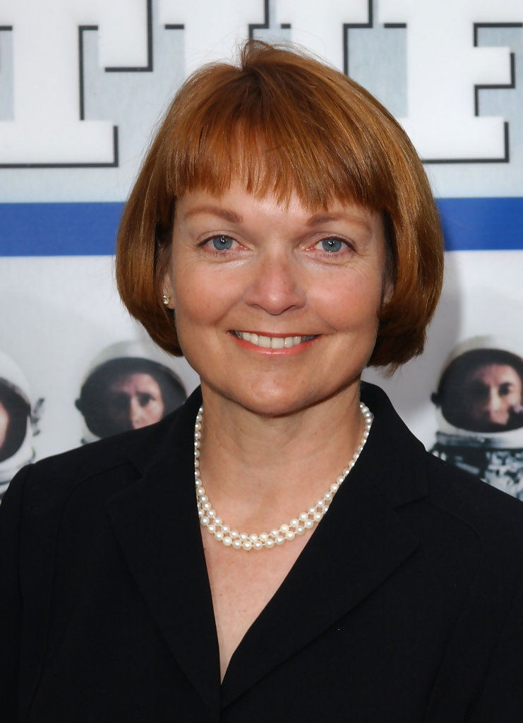 pamela reed in the 20th anniversary of the right stuff
