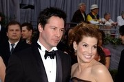 When Sandra Bullock and Keanu Reeves looked like more than friends in 2006. - Memorable Red Carpet Moments from the Oscars