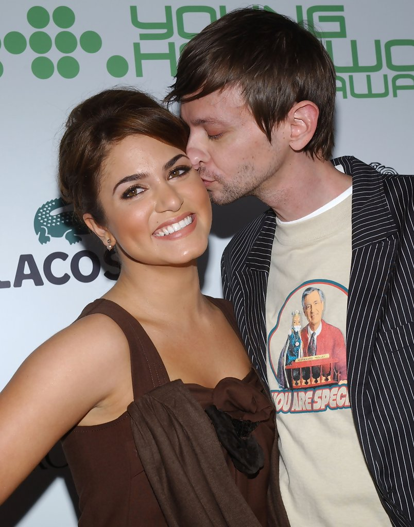 Dj qualls and nikki reed dating. Dating for one night.