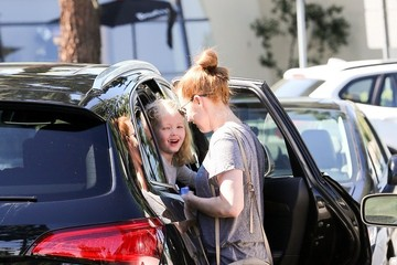 Amy Adams Amy Adams Shops with Family
