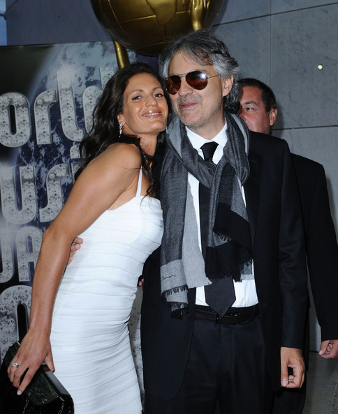 Andrea bocelli and veronica berti world music awards 2010