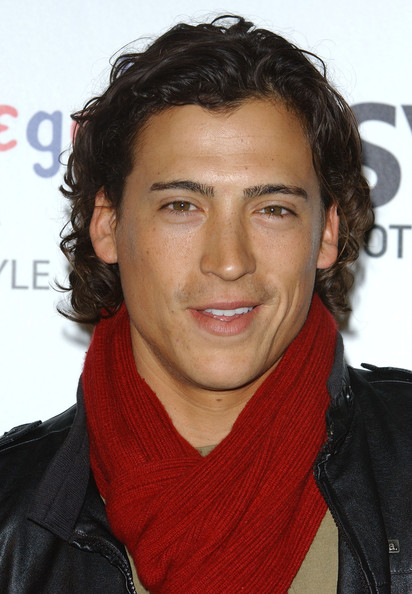 andrew keegan gay
