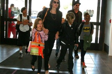 Angelina Jolie Brad Pitt Angelina Jolie and Brad Pitt Travel with Family