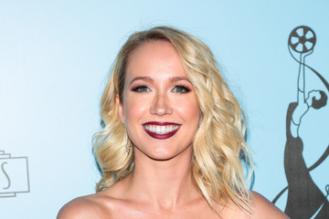 Anna Camp 2018 Make-Up Artists And Hair Stylists Guild Awards