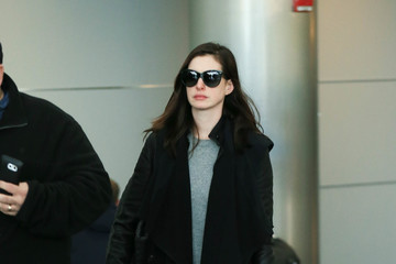 Anne Hathaway Anne Hathaway Takes a Flight at JFK