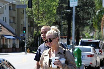 Ashlee Simpson Ashlee Simpson and Evan Ross in Studio City