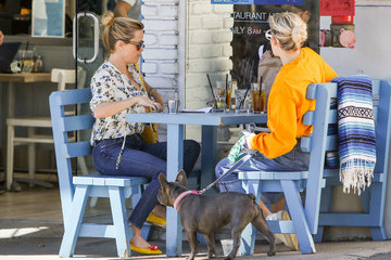 Ava Phillippe Reese Witherspoon Lunches With Daughter Ava