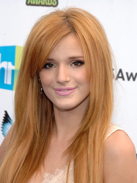 Bella Thorne - 2012 Do Something Awards