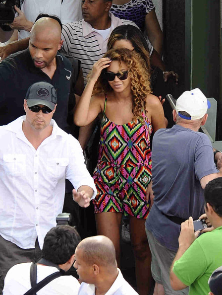 Beyonce Knowles - Beyonce at Corcovado