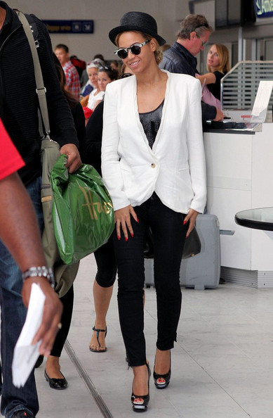 Beyonce Knowles - Beyonce Knowles at the Nice Airport