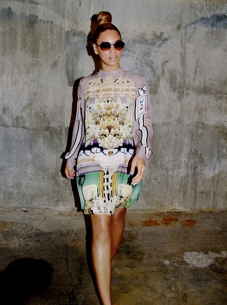 BYLINE: EROTEME.CO.UK.Beyonce shares some more of her blog pictures.