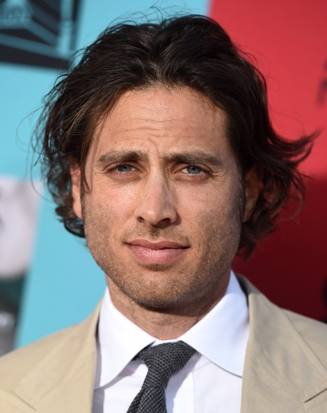 brad falchuk height