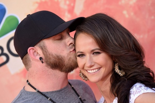 Brantley gilbert and amber cochran photos photos 2015 iheartradio music awards zimbio