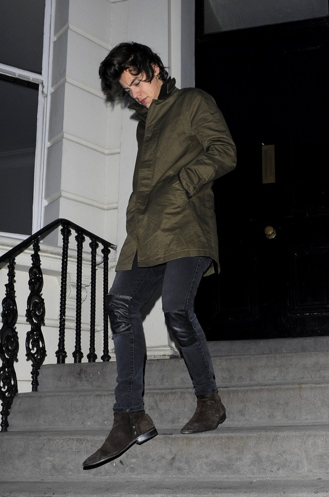Harry Styles In Cara Delevingne And Harry Styles Out In