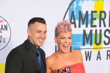 Carey Hart 2017 American Music Awards