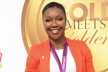 Carmelita Jeter GOLD MEETS GOLDEN: The 5th Anniversary Refreshed by Coca-Cola, Globes Weekend Gets Sporty with Athletic Royalty