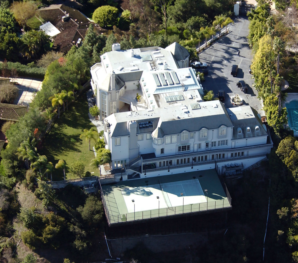 Michael jackson in celebrity homes zimbio for Movie star homes beverly hills