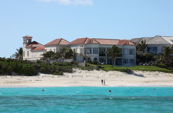 celebrity homes in the bahamas