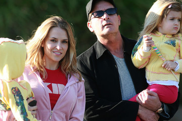 Charlie Sheen Lola Sheen Charlie Sheen and His Family at the Zoo