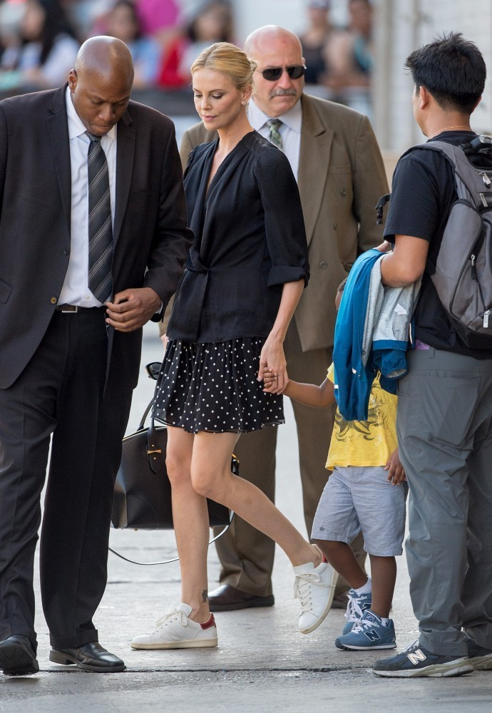 Charlize Theron Photos Photos - Charlize Theron and Son ... Javier Bardem Children