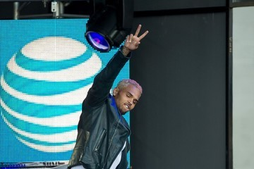Chris Brown Jamie Foxx and Chris Brown at 'Jimmy Kimmel Live!'