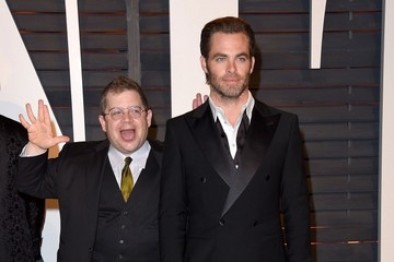 Chris Pine Stars at the Vanity Fair Oscar Party