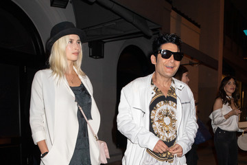 Corey Feldman Corey Feldman And Courtney Anne Mitchell Dine At Craig's