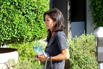 Courteney Cox Courteney Cox Takes a Stroll