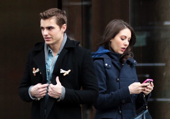 Dave Franco and Alison Brie Out Together 1 of 4 - Zimbio