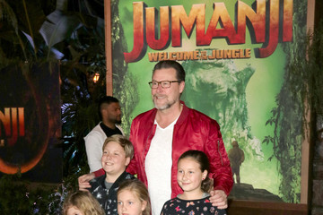 Dean McDermott Premiere of Columbia Pictures' 'Jumanji: Welcome to the Jungle'
