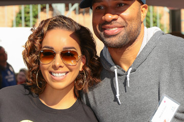 Derek Fisher Celebrities Are Seen at LA Mission Thanksgiving Dinner for the Homeless