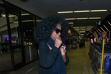 Diana Ross Diana Ross Enters LAX