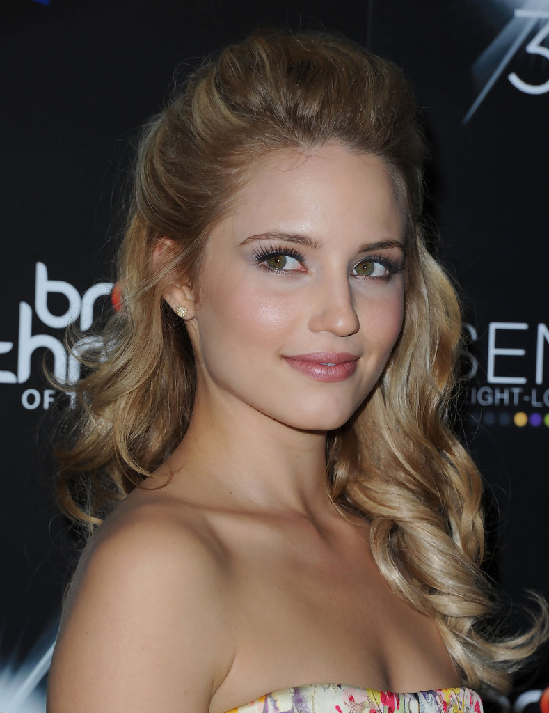 dianna agron photos - breakthrough of the year awards - zimbio