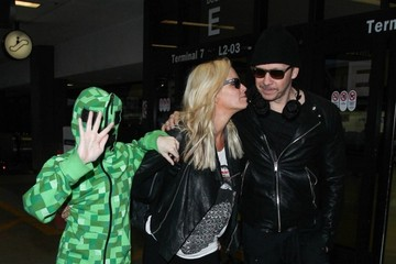 Donnie Wahlberg Evan Joseph Asher Jenny McCarthy and Family Seen at LAX