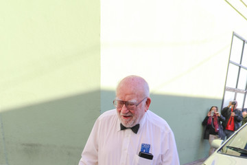 Ed Asner Ed Asner Sightings Outside Hollywood Museum