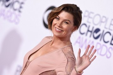 Ellen Pompeo Arrivals at the People's Choice Awards