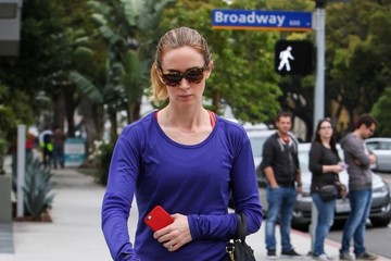 Emily Blunt Emily Blunt Takes a Stroll