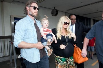 Eric Johnson Jessica Simpson at LAX