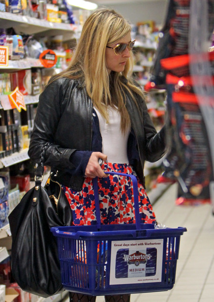 Fearne Cotton at Sainsburys - Zimbio