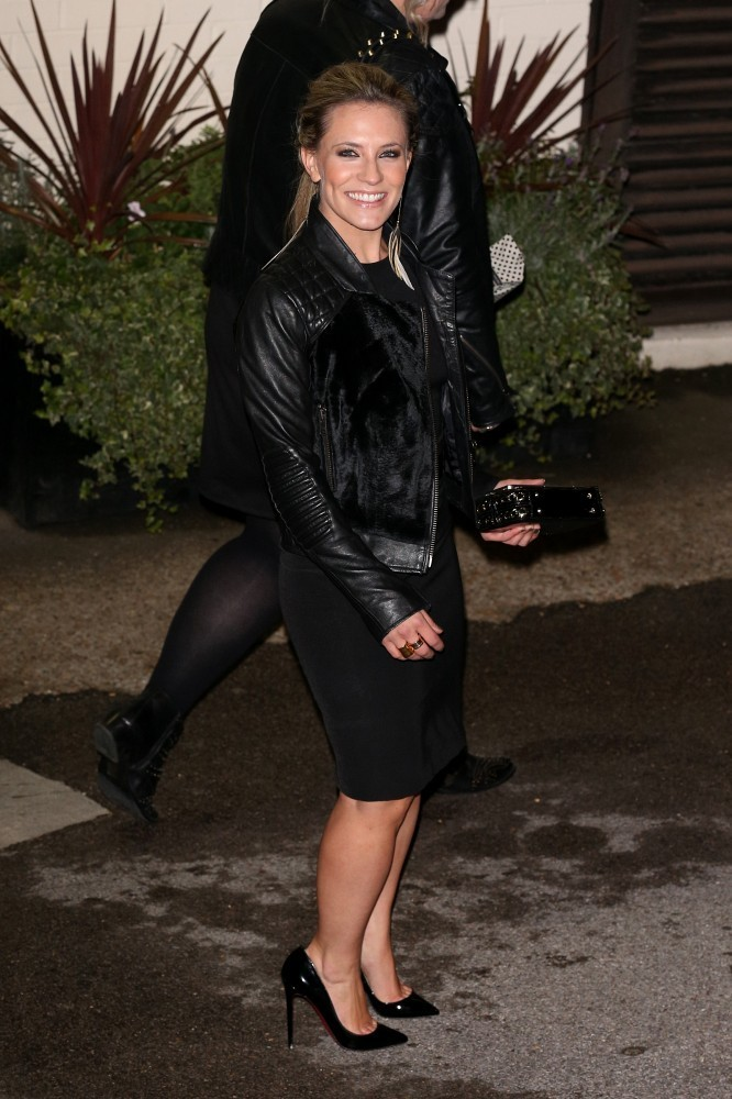 Georgie Thompson Photos Photos - Georgie Thompson Leaves Fountain Studios - Zimbio