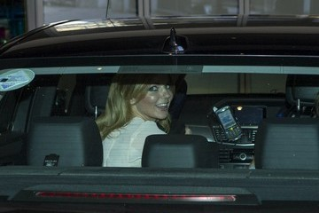 Geri Halliwell Geri Halliwell Arrives at Her London Hotel