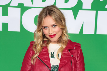 Gracie Dzienny Premiere of Paramount Pictures' 'Daddy's Home 2'