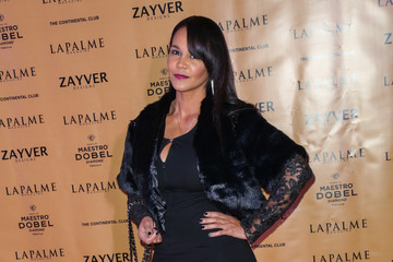 Gwen Boyd Moss Celebrities Arrive at The Continental Club Winter Soiree