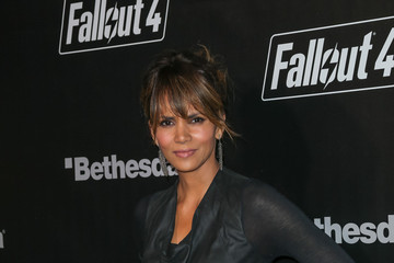 Halle Berry Celebrities Arrive at the 'Fallout 4' Launch Party
