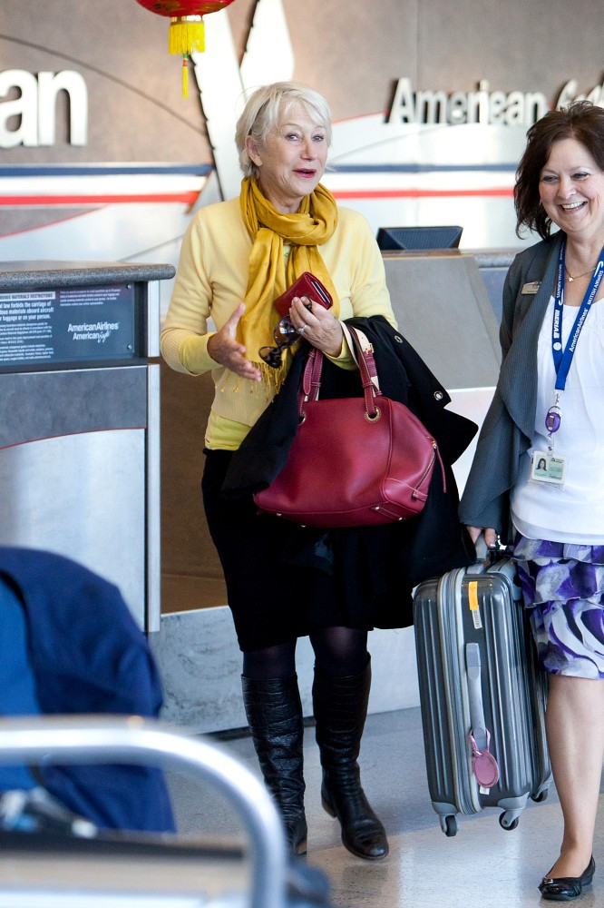 Helen Mirren Photos Photos Helen Mirren At Lax Zimbio