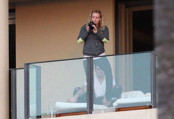 Hilary Duff Getting Engaged In Hotel Room