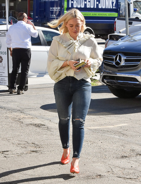Hilary Duff Steps Out In L.A.