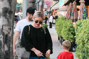 Hilary Duff Mike Comrie Hilary Duff and Her Boys in Beverly Hills